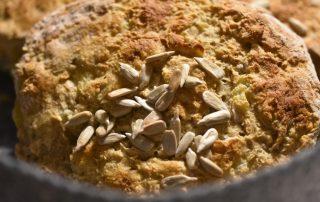 Grove boller med havregryn og kolde kartofler - stop madspild