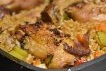 One pot med ris, kylling og grønt - alt i ét fad