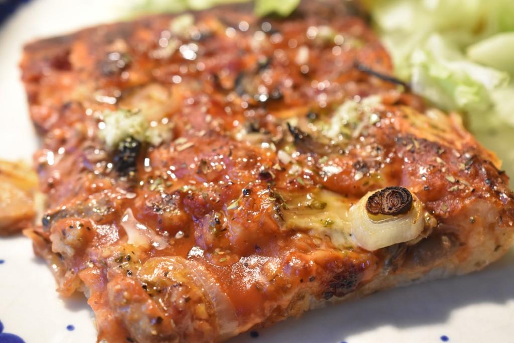 Nem pizza - af dej der ikke skal æltes. Sprøde, lækre pizzaer