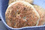 Foccacia med oregano - perfekte boller til burgere & sandwich
