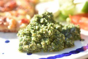 Pesto af citronmelisse - frisk og fyldt med vitaminer