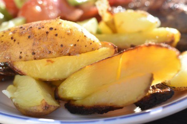 Kartofler på grill - grillede kartofler