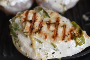 Ølmarineret kyllingebryst med krydderurter - på grill ell. pande