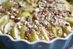 Pæretærte med mandler og strejf af ingefær – nem og lækker