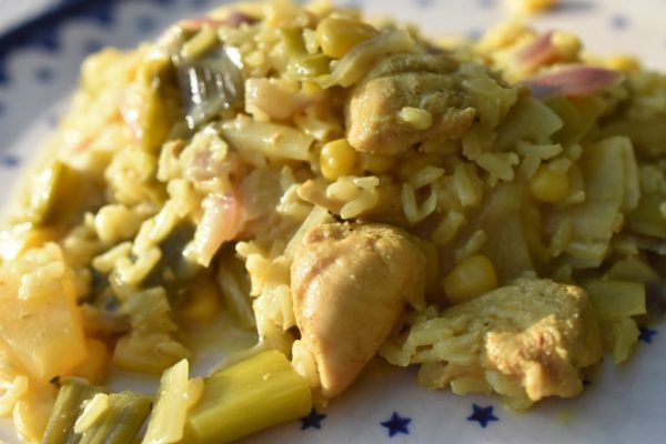 One Pot Ris Med Kylling Karry Og Kokosmælk Nemt Og Lækkert