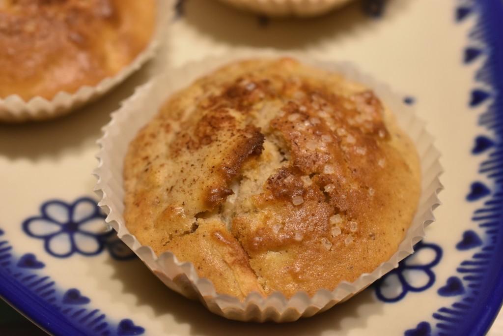 Muffins med æble og kanel - nemme og fedtfattige