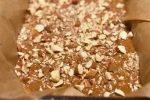 Ølkage med æbler og mandler - saftig og lækker krydderkage