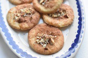 Jødekager - opskrift på sprøde og lækre julesmåkager med kanel