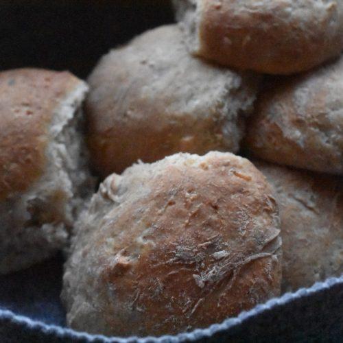 Boller og franskbrød af ris a la mande rester - bløde med rugmel