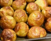 Små kartofler i ovn - ovnbagte med salt og olie