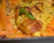 Kylling med bacon karry & kokosmælk opskrift