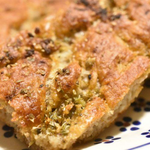 Hvidløgsbrød med rugmel – groft, sprødt, nemt og lækkert