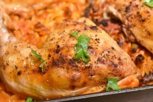 One Pot pasta med kylling, bønner, tomat og rosmarin - nem opskrift