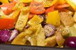 Kalvecuvette med stegte kartofler, stegte løg og peberfrugt