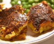 Kartoffelfrikadeller med ost og gulerødder