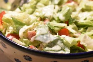 Mormordressing - opskrift på nem dressing til salat