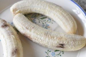 Bananboller - grove med chokolade - nem opskrift