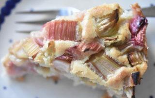 Rabarberkage - nem opskrift på rabarbertærte