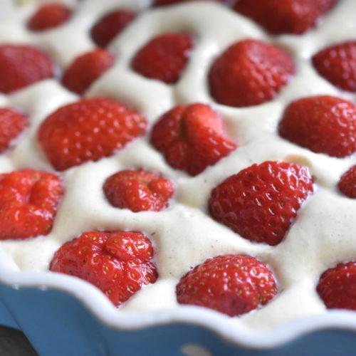 Jordbærkage - fedtfattig kage med jordbær