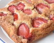 Makronkage - kage med jordbær og makroner