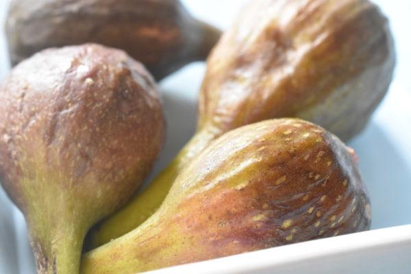 Figner - opskrift på sød og lækker figencrumble