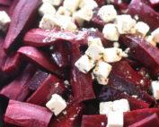 Bagte rødbeder - skøn opskrift med feta og olie
