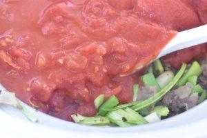 Kødsovs opskrift med tomat - langtidssimret
