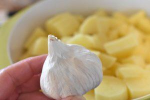 Svinemørbrad med bouillonkartofler i stegeso