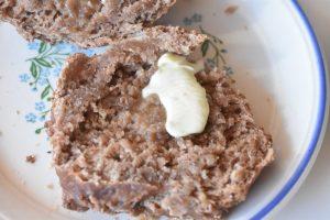 Boller med kakao koldhævede med havregryn
