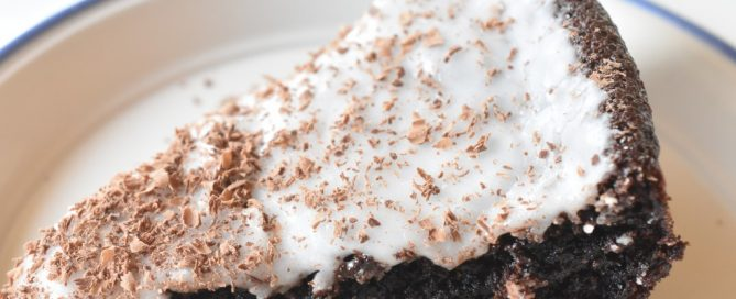 Chokoladekage med kærnemælk nem opskrift
