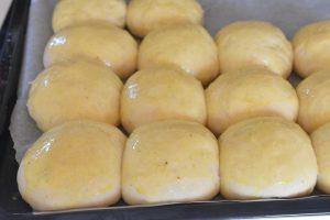 Kærnemælksboller - boller med kærnemælk