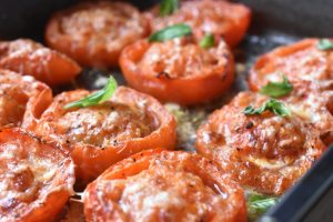 Bagte tomater med ost - ovnbagte tomater