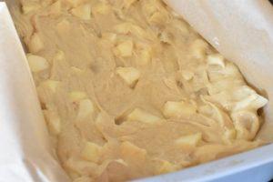 Brombærkage med æbler & marcipan  opskrift