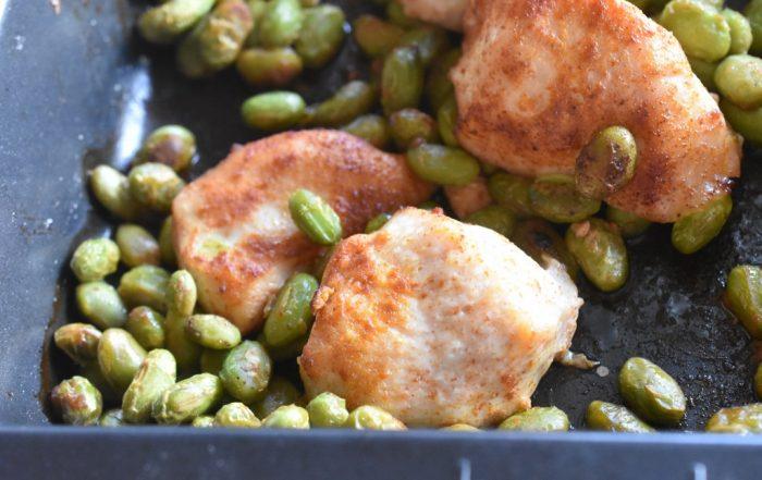 Kylling med edamame bønner i ovn - nem ret
