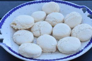 Æggeblomme marengs - gule klap småkager