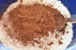 Chokoladekage med kaffecreme nem opskrift