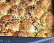 Hvidløgsbrød med ost – luksus pull apart brød