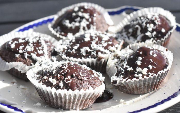 Chokolademuffins med kakaomælk - uden æg