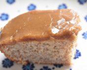 Kanelkage med karamelglasur - nem god kage