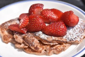 Jordbær pandekager - nem lækker opskrift