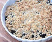 Brombærcrumble  - nem kage med brombær