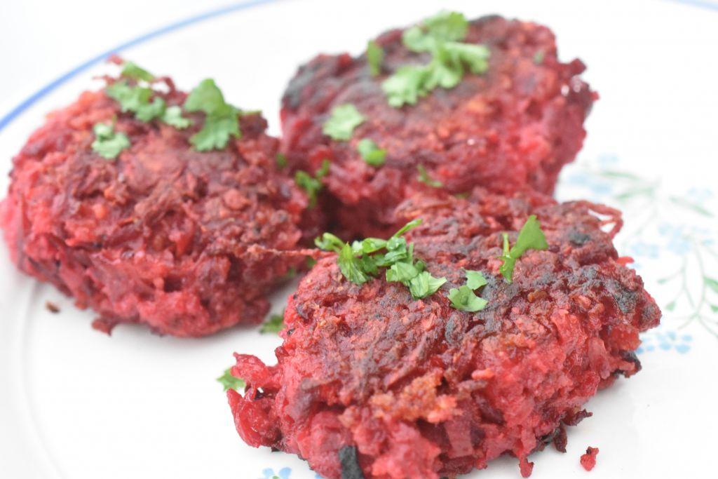Rødbedebøffer - vegetarbøffer med rødbeder